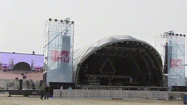 MTV Crashes stage