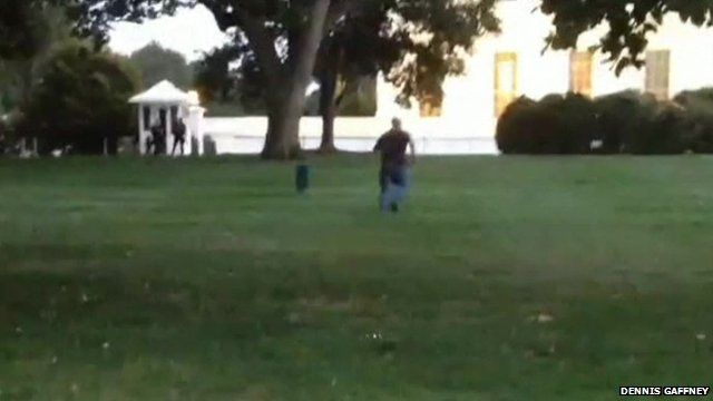 Video appears to show man running towards White House
