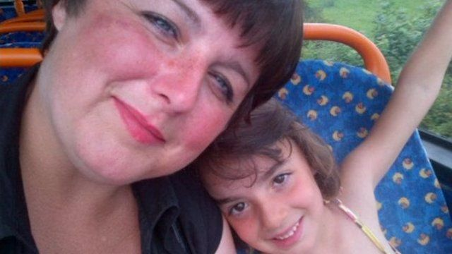 Lyndsey Shipstone with her daughter Mary
