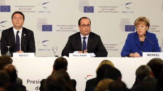 """L-R) Italian Premier Matteo Renzi with German Canchellor Angela Merkel and French President Francois Hollande during the press conference following an European Union (EU) extraordinary summit """"Growth and Employment"""" in Milan, Italy, 08 October 2014."""