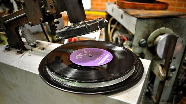Vinyl record pressing in Melbourne