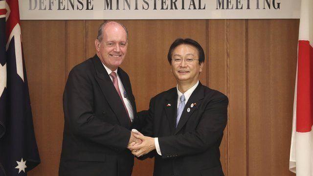 Australia's Defence Minister David Johnston has met his Japanese counterpart, Akinori Eto