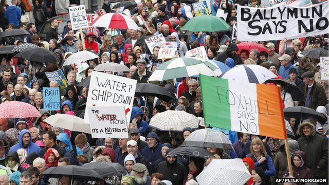 Irish protest against water charges