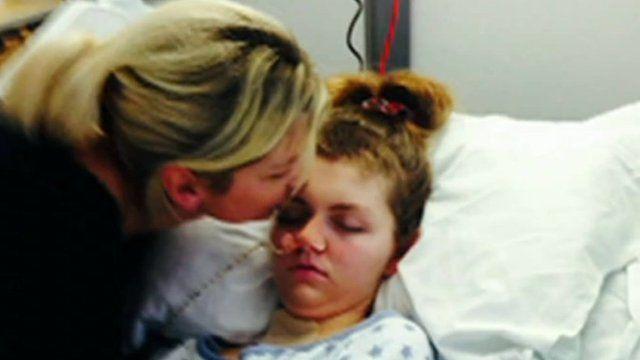 Lauren Hills and her mother