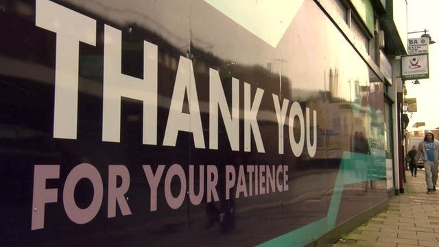 """Tesco temporary shop sign in Dartford reading """"Thank you for your patience"""""""