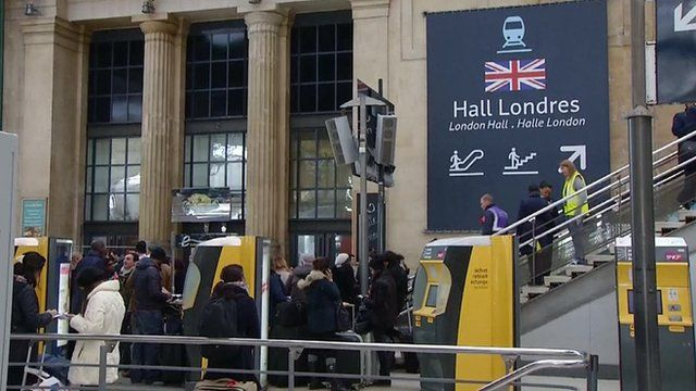 Crowds waiting for the Eurostar in Paris