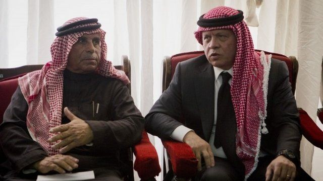 King Abdullah II meets Lt Moaz al-Kasasbeh's father
