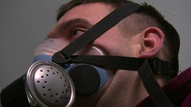 Ben Parkinson wearing an oxygen mask during new medical treatment