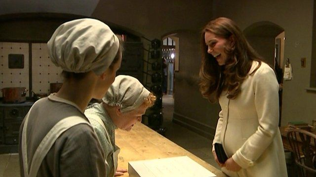 The Duchess of Cambridge with Downton cast members
