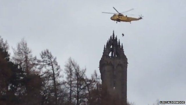 helicopter rescue at Wallace Monument