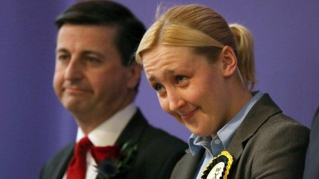 """Paisley and Renfrewshire South constituency winner Mhairi Black of the SNP and Labour""""s Douglas Alexander"""