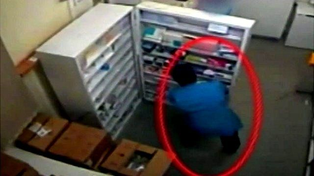 Still from CCTV footage showing Victorino Chua at Stepping Hill Hospital