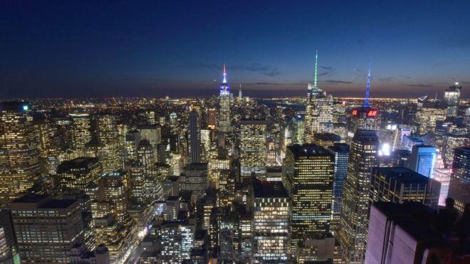 Manhattan là nơi đặt tòa nhà trụ sở Liên Hiệp Quốc, là nơi có phố Wall