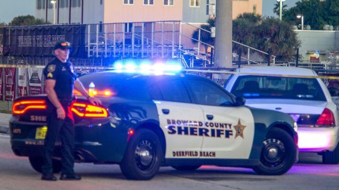Стрельба в школе в США: не менее 17 погибших, стрелок арестован