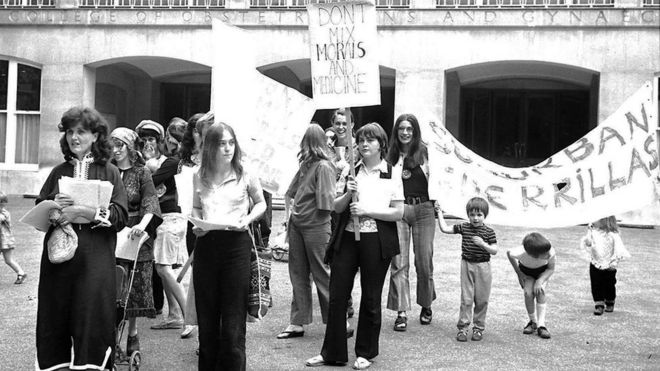 Protest in favour of free abortion in 1971