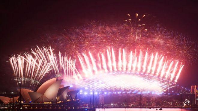 Fireworks dey scatter for Sydney for Australia