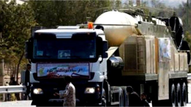Iran thử hỏa tiễn
