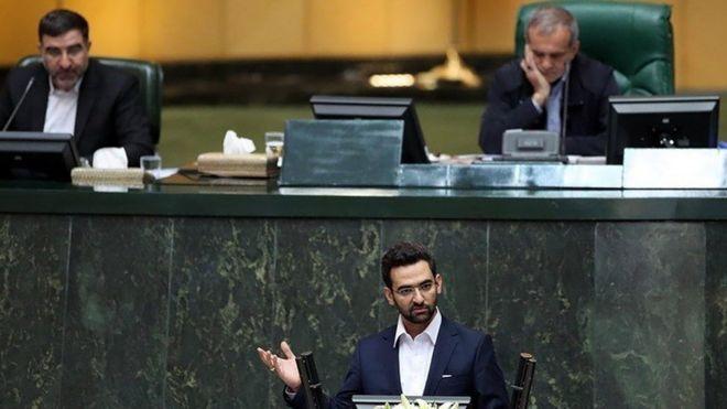 مخالف وزارت آذری جهرمی: وزارت ارتباطات به وزارت اطلاعات دوم بدل نشود