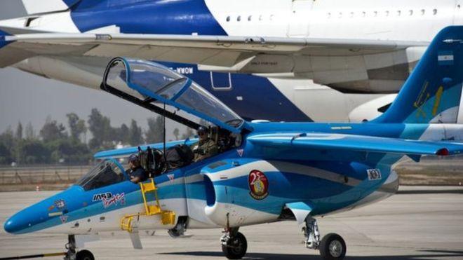 Avião da FAdeA