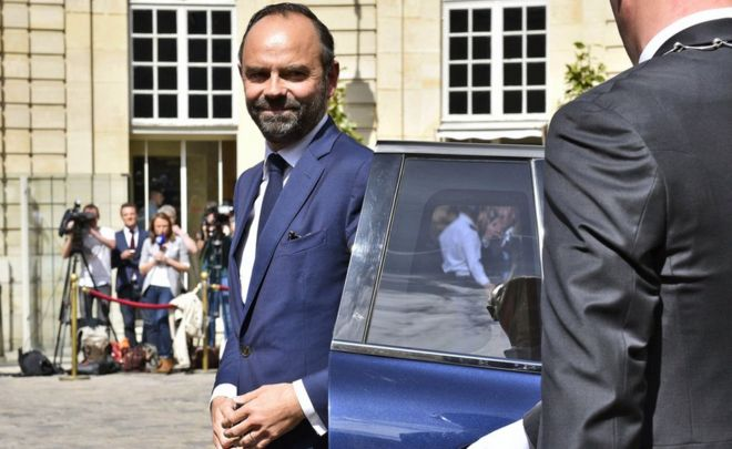 Edouard Philippe arrives at the Hotel de Matignon (15 May)