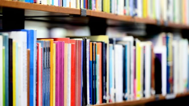 Groovy Libraries Lose A Quarter Of Staff As Hundreds Close Bbc News Largest Home Design Picture Inspirations Pitcheantrous