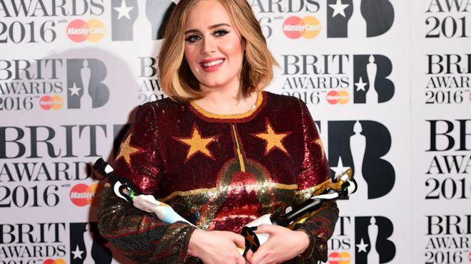 Adele  - actuaciones de los Brit Awards 2016