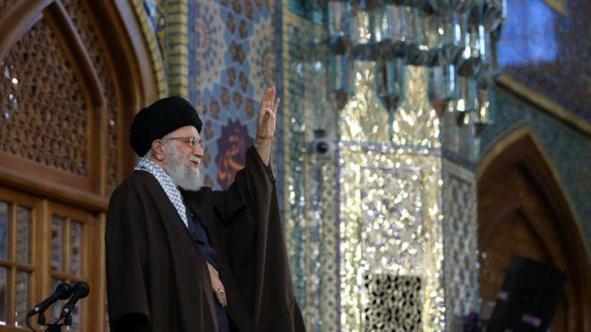 واکنش توییتری به اظهارات آیتالله خامنهای درباره آزادی بیان و اقتصاد ملی