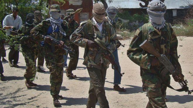 Somalia suicide bomber kills at least 18 police officers at Mogadishu academy (bbc.com)