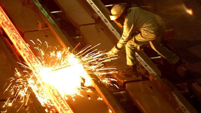 کارگر فولاد در کالیفرنیا