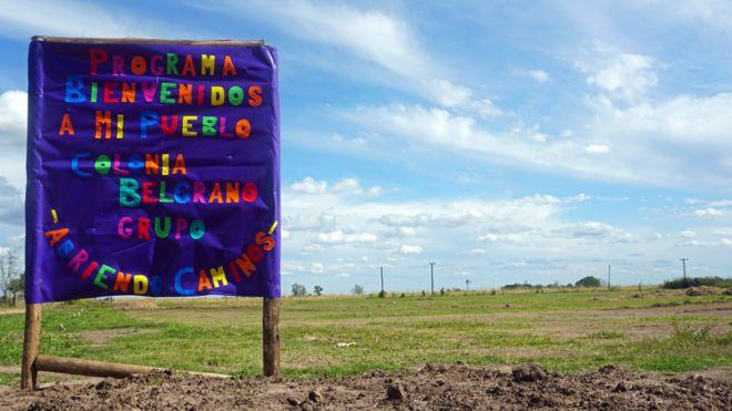 Argentina está entregando tierras a cambio de gente