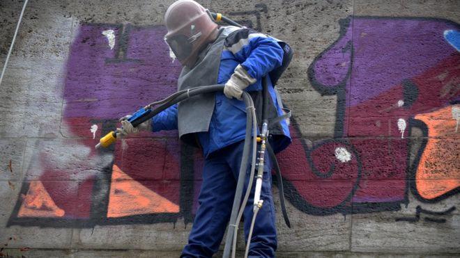 """Képtalálat a következőre: """"graffiti sandblasting"""""""