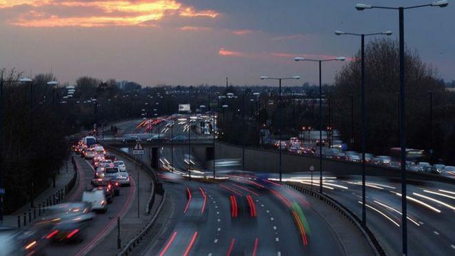 英国无人驾驶车2019年上高速还「落後」?