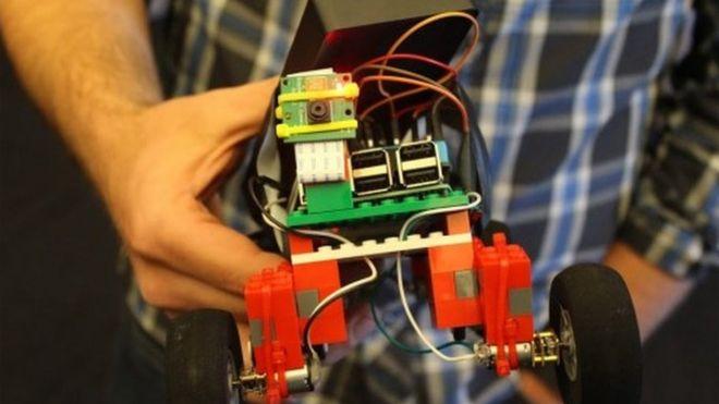 A robot made using Raspberry Pi