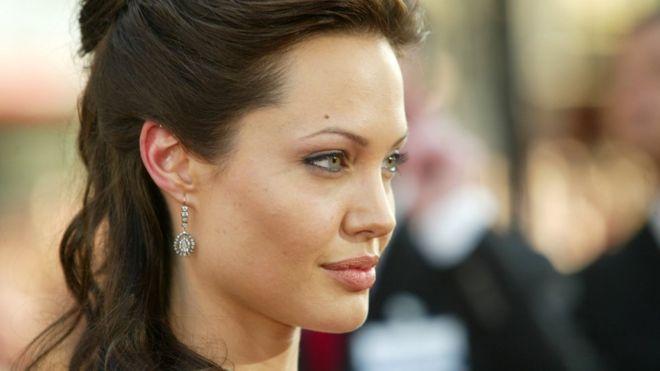Анджелина Джоли, сыграв Лару Крофт, внесла свой вклад в дело феминизма