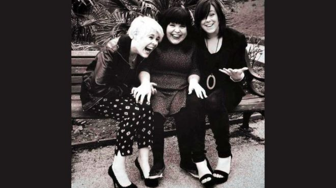 Charley (c) with her sisters Frankie and Georgie