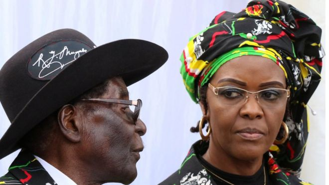 Grace Mugabe with her husband Robert attend a rally of his ruling ZANU (PF) in Chinhoyi, Zimbabwe 29/07/2017