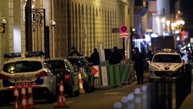 Похитители бросили драгоценности, украденные из Ritz в Париже