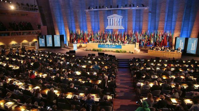 """Estados Unidos anuncia su salida de la Unesco por preocupaciones que incluyen """"un sesgo anti Israel"""""""