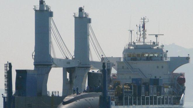 Tàu ngầm Kilo 636, mang tên Hà Nội, được Việt Nam mua của Nga