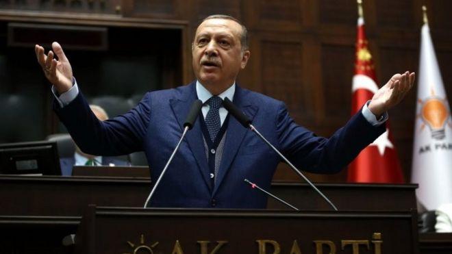 Erdoğan'dan Katar'ı IŞİD'li savunma