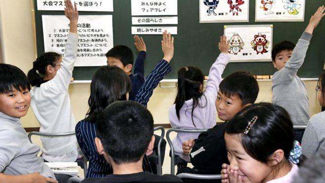 Репутация японских школ в мире высока, начальное и среднее образование в этой стране обязательное