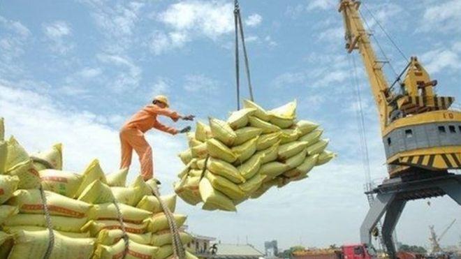 Xuất khẩu của Việt Nam tiếp tục tăng trong 2018 và 2019, theo ADB.