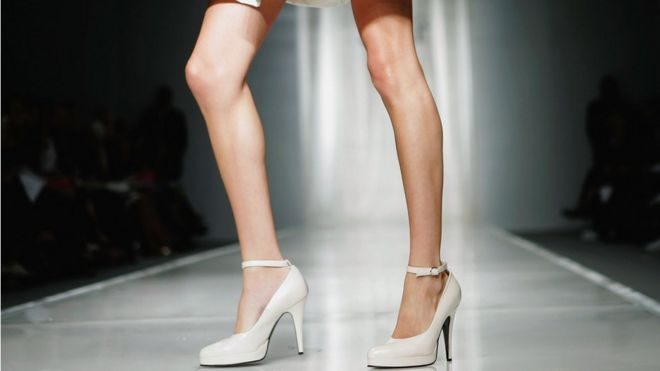 France bans extremely thin models #France #thinmodels #models #modelsban