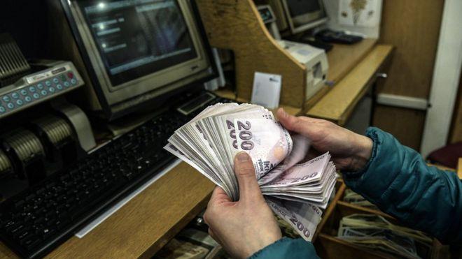 Türkiye'nin bütçe açığı kaygı verici boyutlarda mı?