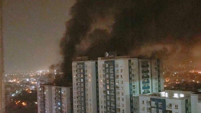 Vụ cháy chung cư Carina xảy ra khoảng 1 giờ 30 sáng hôm 23/3