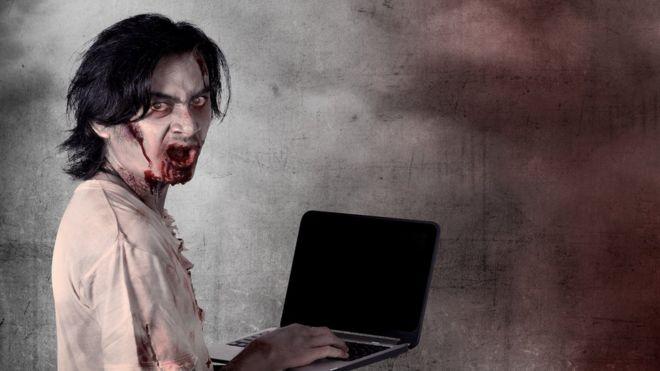 zombi y computadora