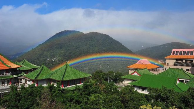 Rainbow over the University of Chinese Culture (Photo: University of Chinese Culture)
