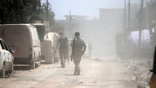 المعارك مستمرة في الموصل منذ تسعة أشهر
