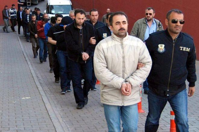 თურქეთში სამსახურიდან 9000-მდე პოლიციელი გაანთავისუფლეს