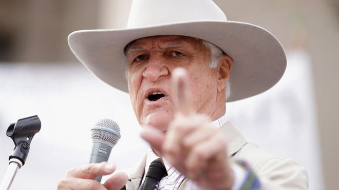Bob Katter's freaky response to same-sex marriage vote